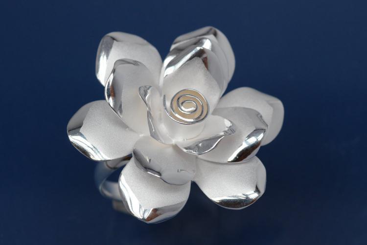 Ring, Flower Design 925/- Silver