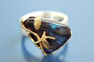 Ring with Boulder Opal (ca. 13,9ct), 925/- Silver partially gold plated and Steiners special finishing,